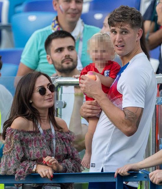 Tuyển thủ Anh và bạn gái cũ Millie Savage có với nhau một bé gái trước khi chia tay sau World Cup 2018. Ảnh: Daily Mirror.