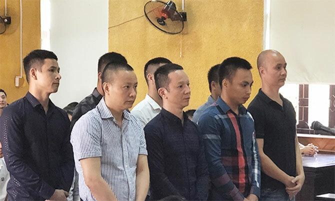 Các bị cáo tại phiên phúc thẩm ngày 19/5. Ảnh: Dương Vinh