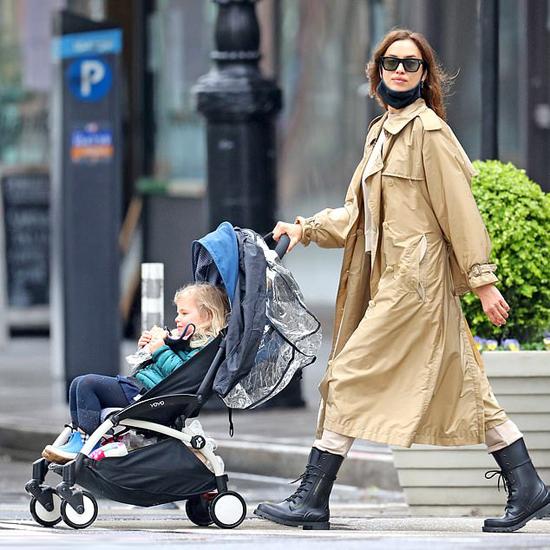 Siêu mẫu Irina Shayk cũng giống như Bradley, là một bà mẹ đơn giản đời thường. Cô và bạn trai cũ thay nhau trông con, đưa bé đi chơi.