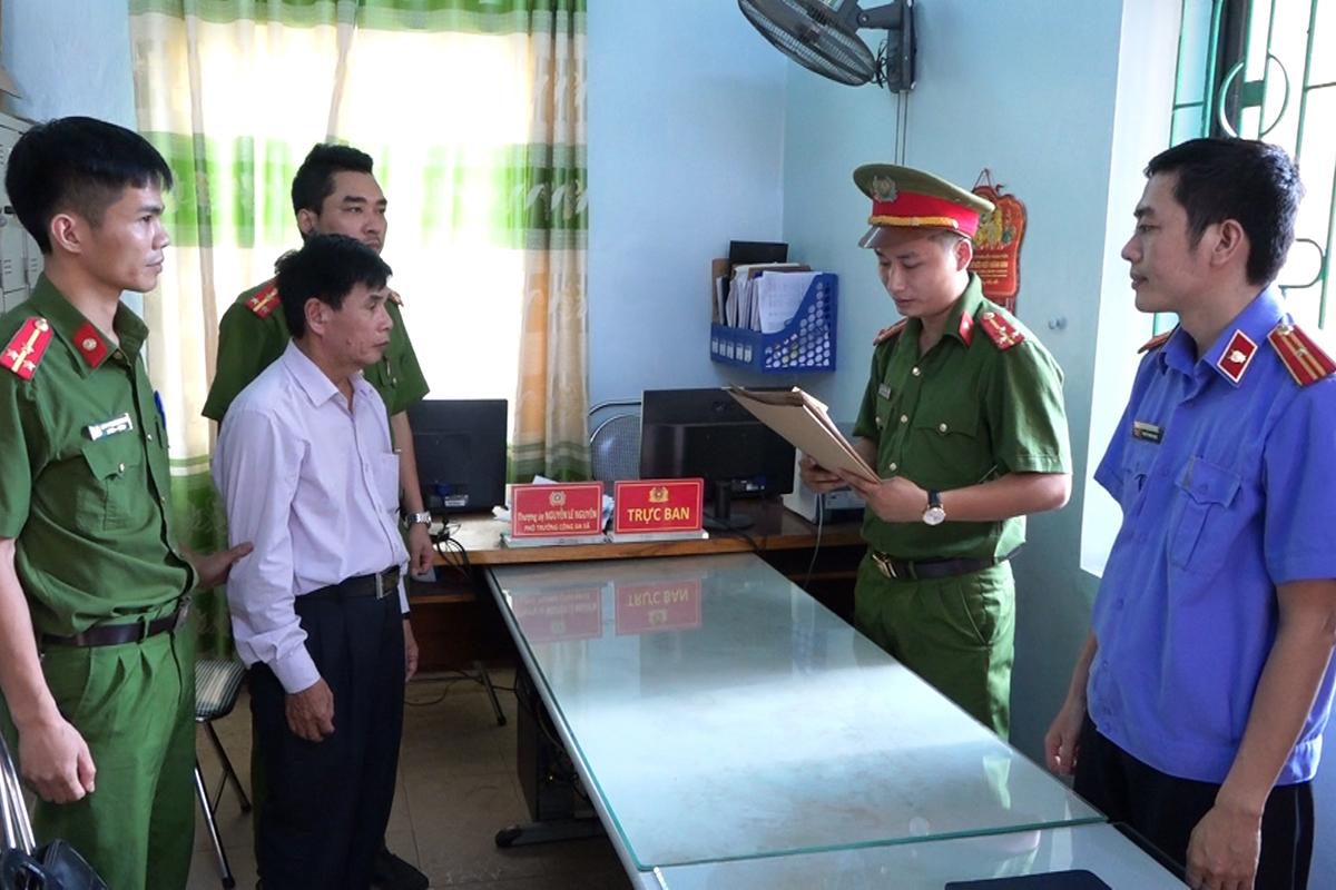 Ông Hiến bị bắt tạm giam. Ảnh: Quang Văn