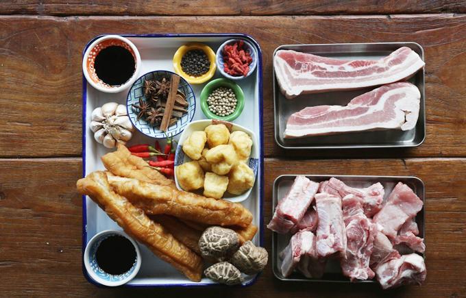 Món trà xương lợn vượt mặtchilli crab ởSingapore - 2
