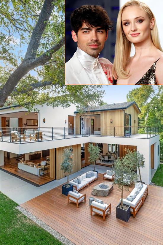 Cuối năm ngoái, Joe Jonas và Sophie Turner tậu biệt thự mới sau 6 tháng kết hôn. Cặp sao bỏ ra 14 triệu USD (327 tỷ đồng) mua ngôi nhà rộng lớn ở Encino, Los Angeles, ngay cạnh biệt thự của vợ chồng em trai Nick Jonas - Priyanka Chopra.
