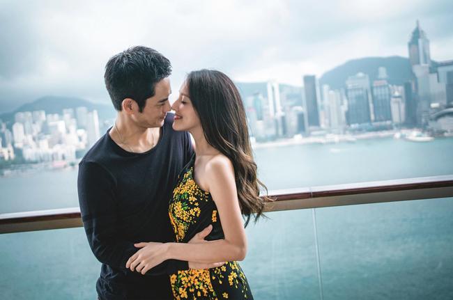 Trịnh Gia Dĩnh 50 tuổi, vợ 22 tuổi, dù vậy cặp đôi trông rất hợp nhau.