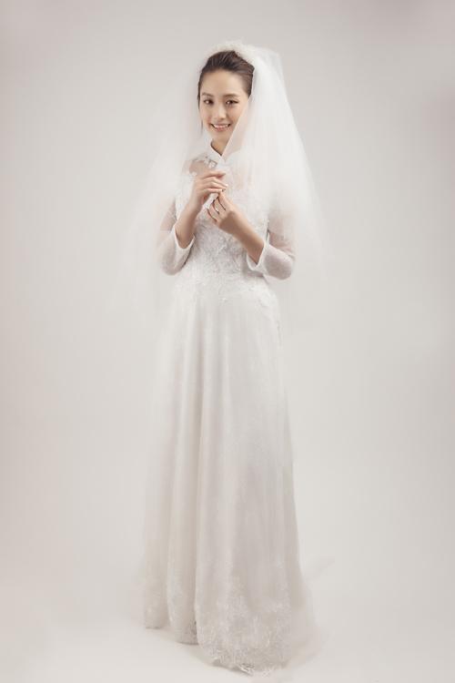 Bộ ảnh được thực hiện bởi nhiếp ảnh: Ann Doan, người mẫu: Bảo Ngọc, trang phục: Elisa Wedding, trang điểm: Trí Trần.