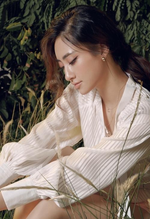 ương Thuỳ Linh đăng quang Hoa hậu Thế giới Việt Nam năm 2019. Cô sở hữu kỹ năng catwalk, ứng xử, trình diễn trước ống kính tốt. Ngoài ra, người đẹp có thành thích học tập khủng. Với lợi thế về kiến thức lẫn sắc vóc, cô xuất sắc ghi tên vào top 12 Miss World 2019.