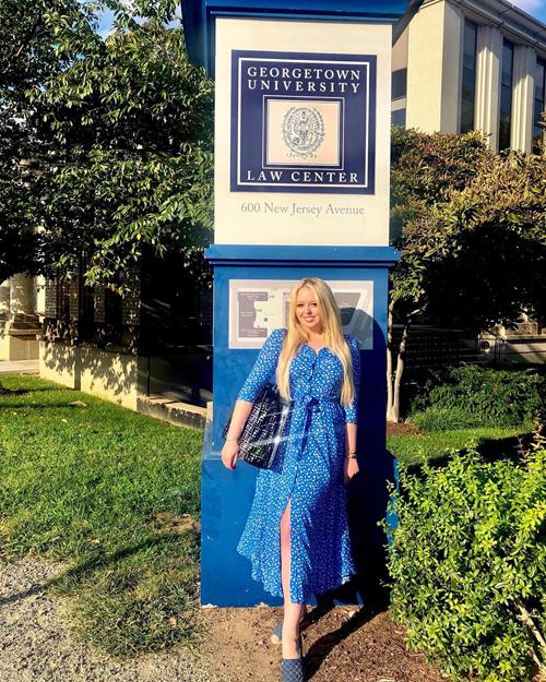 Tiffany tại trường Đại học luật Georgetown, Washington DC. Ảnh: Instagram.