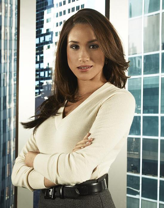 Meghan trong vai Rachel khi đóng phim Suits. Ảnh: NBCU.
