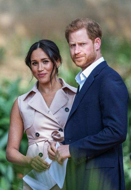 Vợ chồng Harry - Meghan tuyên bố rời hoàng gia từ tháng 1 với mong muốn được trở nên độc lập về tài chính và thoát khỏi sự soi xét của truyền thông. Ảnh: AFP.