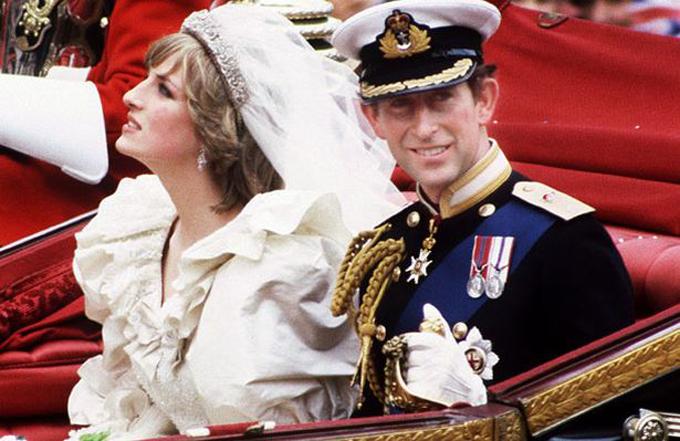 Thái tử Charles và Công nương Diana trong đám cưới hoàng gia năm 1981. Ảnh: UK Press.