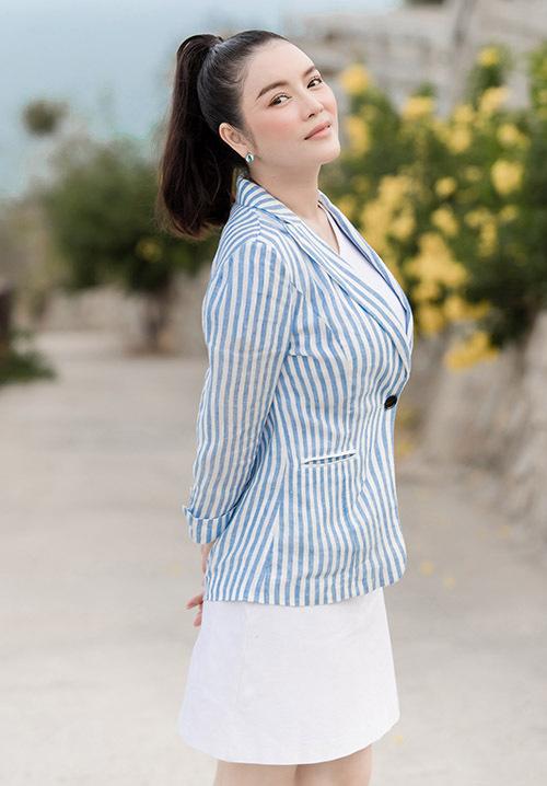Nữ diễn viên chia sẻ cô luôn hào hứng khi được về thăm quê. Lần này Lý Nhã Kỳ còn được mời làm Đại sứ Du lịch tỉnh Bà Rịa - Vũng Tàu.