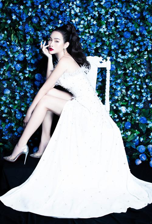 Thanh Trang sinh năm 1993, được chú ý khi đoạt ngôi á hậu cuộc thi Hoa hậu các quốc gia 2017. Trước khi giành danh hiệu tại cuộc thi nhan sắc tổ chức ở Trung Quốc, cô là người mẫu quen thuộc trên sàn diễn TP HCM.