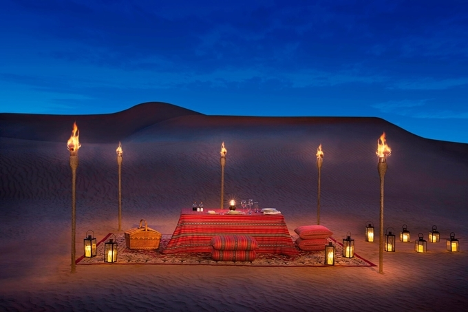 [Caption]Private Dune Dining Picnic