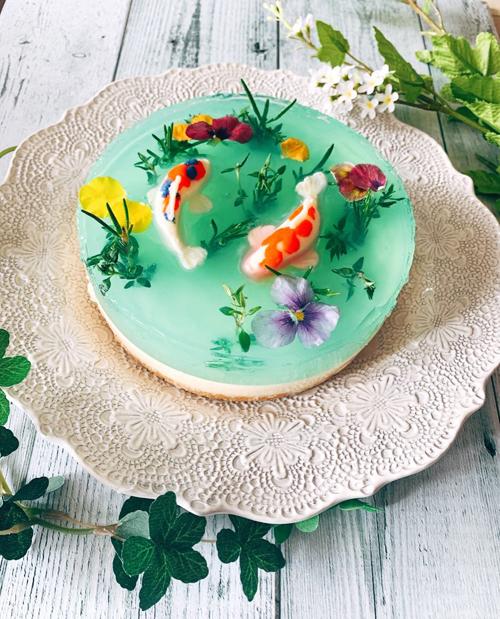 Chiếc bánh mô phỏng ao cá Monet