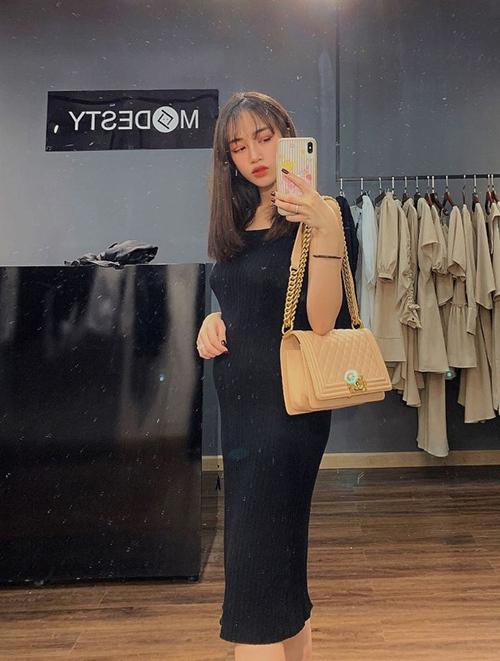 Loạt túi xa xỉ của con gái Minh Nhựa - 14