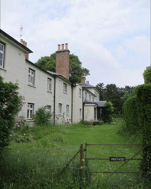 Tư dinh Frogmore, nơi ở của nhà Sussex sau khi họ rời khỏi Điện Kensington. Ảnh: Twitter.