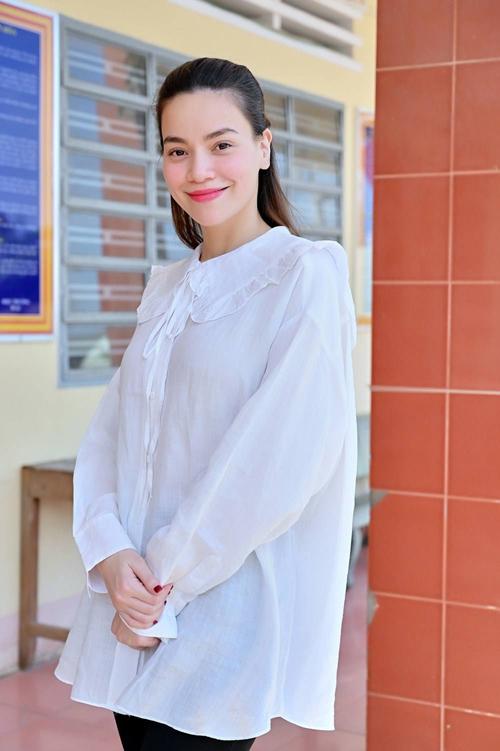 Thời trang bầu của 3sao Việt - 4