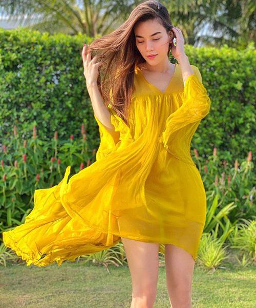 Thời trang bầu của 3sao Việt