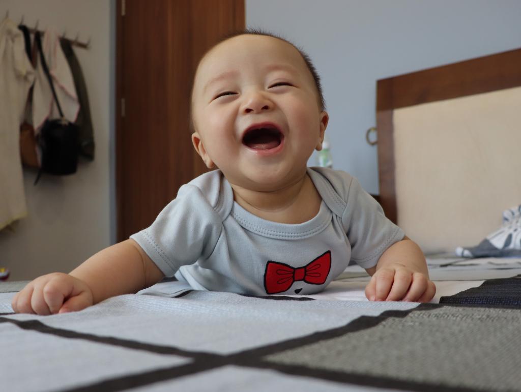 https://ngoisao.net/gia-dinh/the-gioi-nho-xiu-bang-mot-be-con-4104621.html