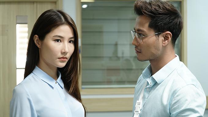 Trong phim, Thanh Sơn vào vai nhân viên pháp chế của tập đoàn Hoàng Thổ, thích Phan Linh (Diễm My 9X) nhưng không được đáp lại. Nhân vật này vui tính, láu cá, thường dùng những lời lẽ ngọt ngào để tán tỉnh phụ nữ. Bất chấp sự nghiêm túc của Linh, Sơn vẫn chai mặt tán tỉnh cô.