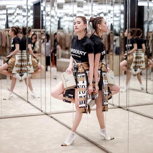 Con gáiVua sòng bạc Macau sành điệu với túi hiệu - 14