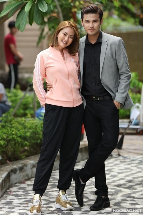 Sau khi đóng vai dì cháu trong phim Luật trời, Ngọc Lan và Anh Tài vào vai người yêu cũ của nhau, có một con gái chung trong sitcom Hổng cần đàn ông. Ngọc Lan chia sẻ cô và Anh Tài quen biết đã lâu, trước đây từng đóng tình nhân. Là diễn viên chuyên nghiệp, họ không ngại thay đổi liên tục mối quan hệ trên phim.