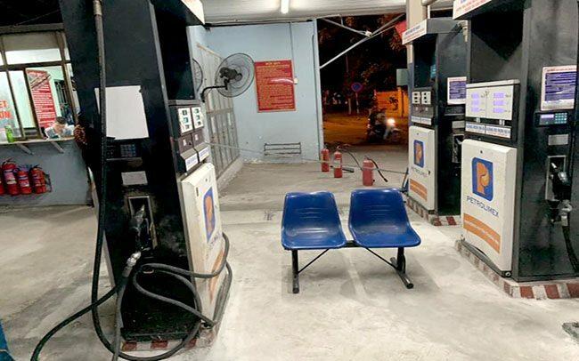 Cửa hàng xăng ở Vũ Trọng Phụng bị phát hiện găm ít nhất 20.000 lít xăng A95.