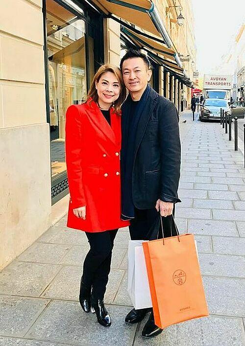 Thanh Thảo hạnh phúc bên chồng khi sống tại Mỹ.