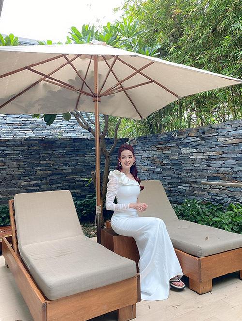hoa hậu được mời đi tham quan một số điểm nghỉ dưỡng tại Hội An.