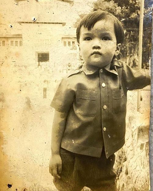 Ảnh thời nhỏ của ca sĩ Đàm Vĩnh Hưng.