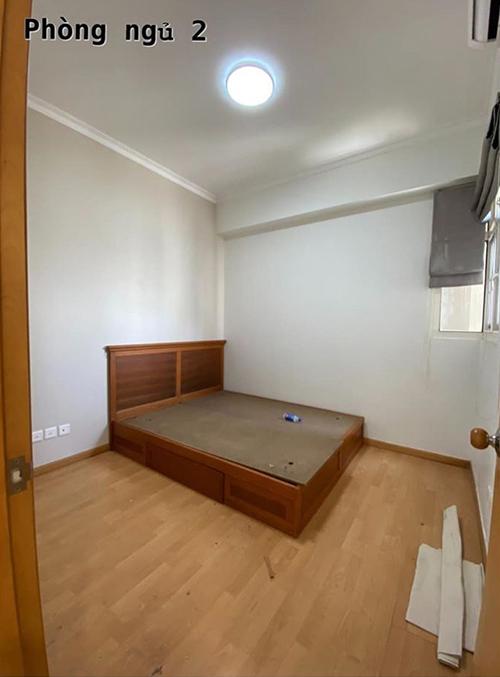 Phòng ngủ nhỏ được nhạc sĩ cải tạo thành phòng dành cho các con.