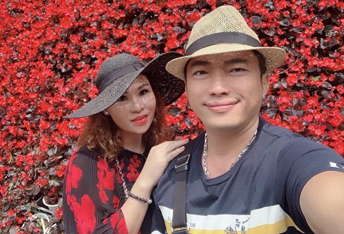 Kinh Quốc và vợ đại gia - doanh nhân Thu Trà.