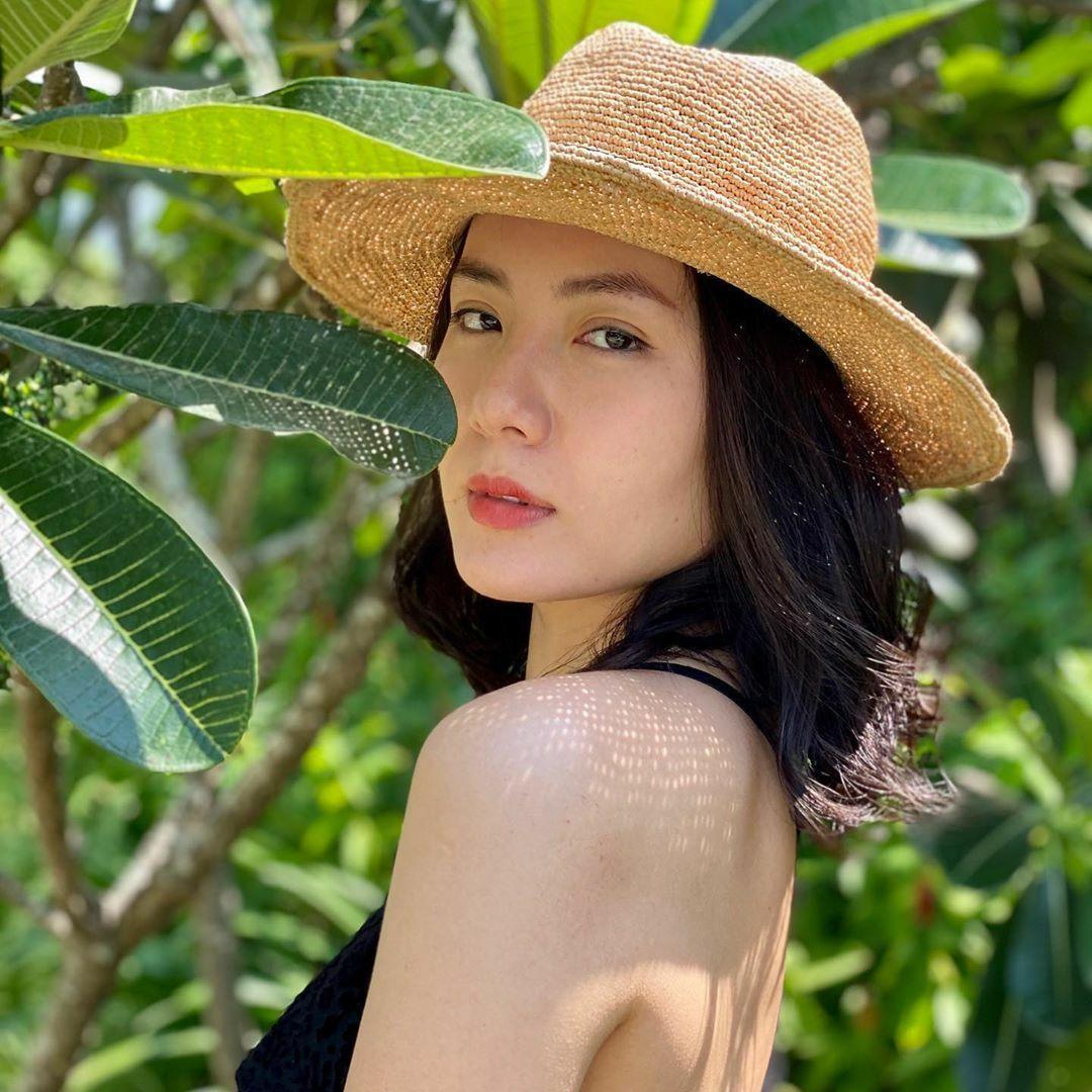 3 món mỹ phẩm ruột giúp Phương Linh giữ da căng mọng