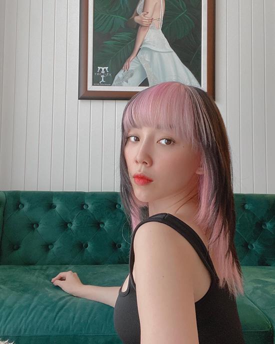 Tóc Tiên thú nhận kiểu tóc mới khiến cô thấy bản thân trông nhu mì.