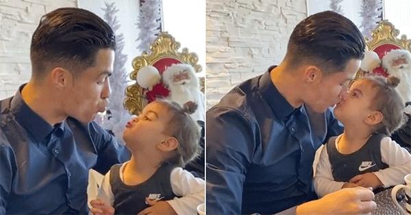 C. Ronaldo và con gái Alana Martina. Ảnh: YT.