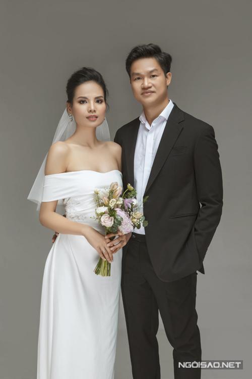 Các váy mà người đẹp diện đến từ người chị thân thiết (đồng hành từ Vietnams Next Top Model cho tới hoa hậu hoàn vũ Việt Nam) - NTK Nguyễn Thảo.