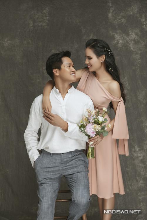 Uyên ương sẽ tổ chức đám cưới ngày 6-7/6 tại Hải Dương, Nam Định. Sau hôn lễ, cả hai sẽ vun đắp cuộc sống chung tại Hà Nội.