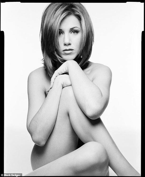 Ảnh nude của Jennifer Aniston được mang bán đấu giá.