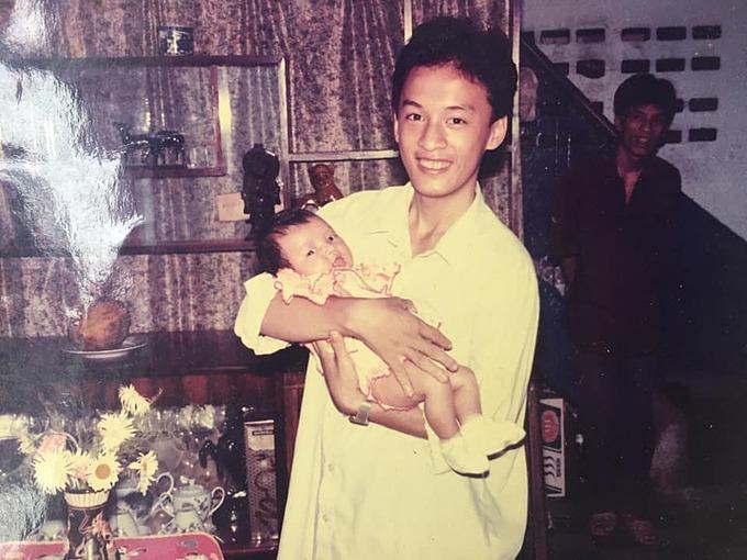 Lam Trường đăng ảnh thời trẻ của mình và được nhận xét không mấy khác biệt so với hiện tại.