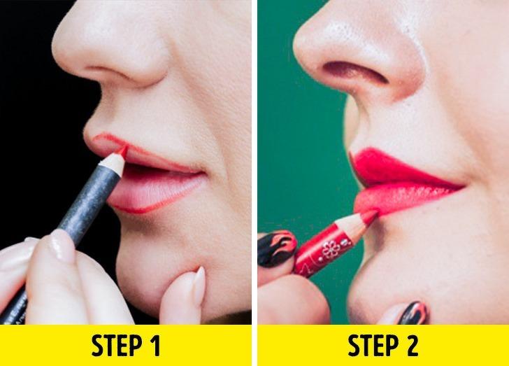 Tạo khuôn cho môi với son chì trước khi thoa son lòng môi vừa giúp bờ môi thêm sắc nét lại có thể ăn gian độ dày, tạo cảm giác đầy đặn hơn.