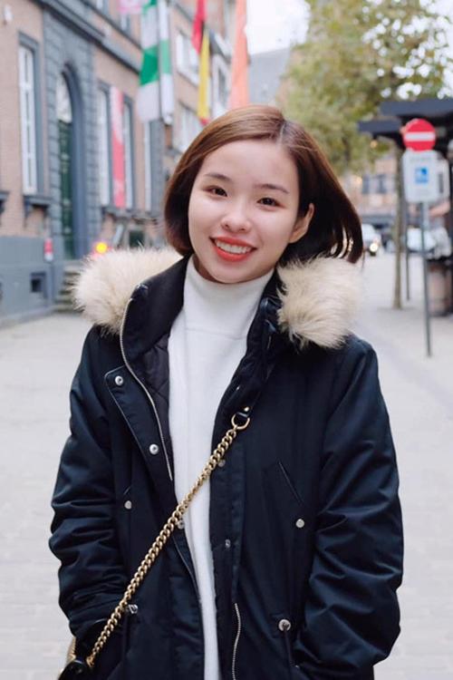 Vợ sắp cưới của Công Phượngsinh năm 1995, từng tốt nghiệp thạc sĩ ngành Quản trị kinh doanh của Đại học RMIT vào tháng8/2019.