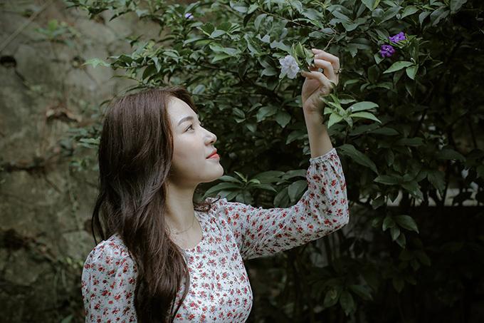 Nhan sắc người đẹp đóng vai nàng thơ của Tạ Quang Thắng.