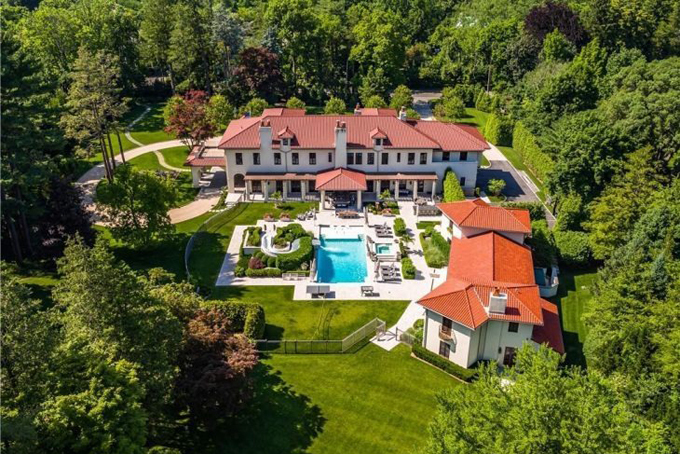 Mark Bezos, Brother of the Worlds Richest Man, Selling $11M Home in Scarsdale - 2