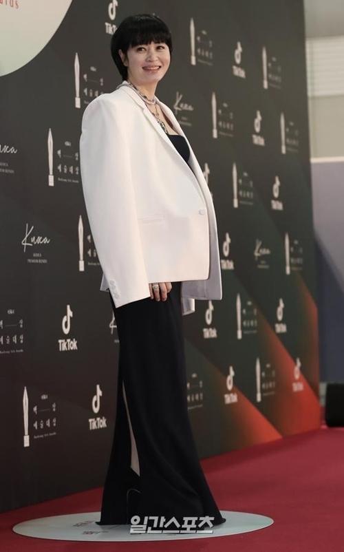 Minh tinh Kim Hye Soo.