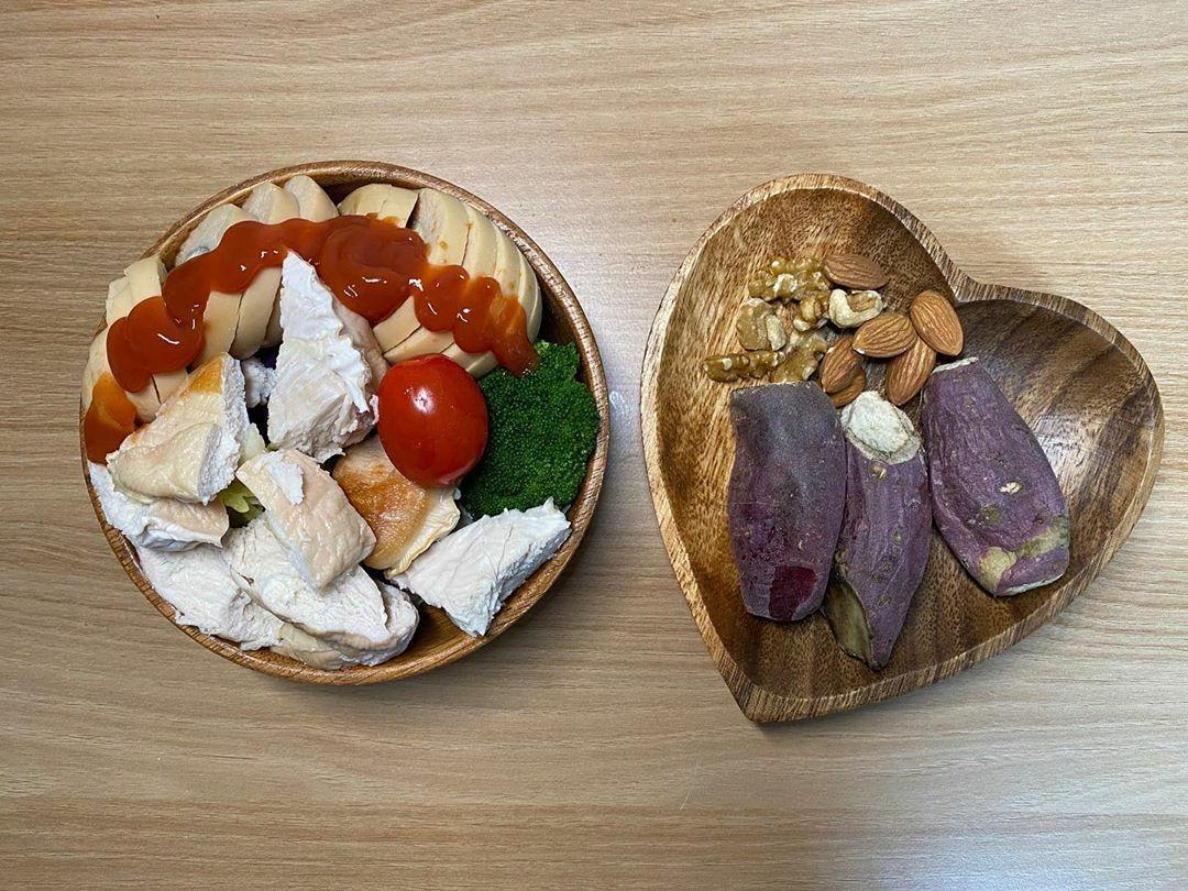 Thay cơm bằng khoai langgiúp gái Hàn giảm 49 kg - 10
