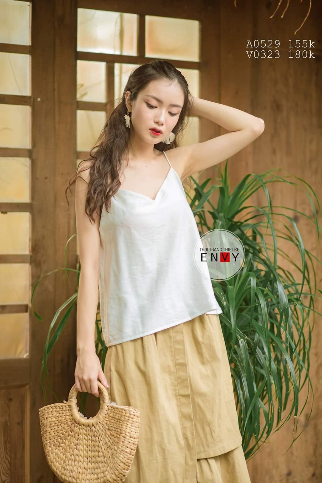 Thời trang ENVY có đủ lượng sản phẩm đểphục vụ nhu cầu mua sắm của khách hàng trong suốt tuần lễ vàng khuyến mãi.