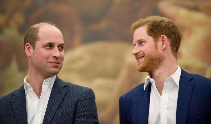 Hoàng tử William và Hoàng tử Harry dự sự kiện chung ở Anh trước khi tình anh em rạn nứt. Ảnh: UK Press.