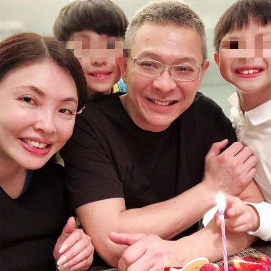Vợ chồng Vương Mẫn Kỳ - Hà Như Vân khi còn hạnh phúc.