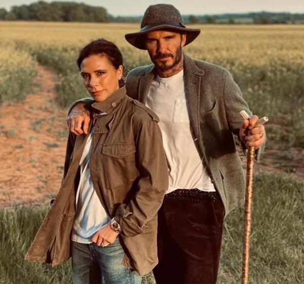 Becks và Vic thường xuyên chia sẻ ảnh cuộc sống ở nông trang nơi cả nhà đang cách ly. Ảnh: Instagram.