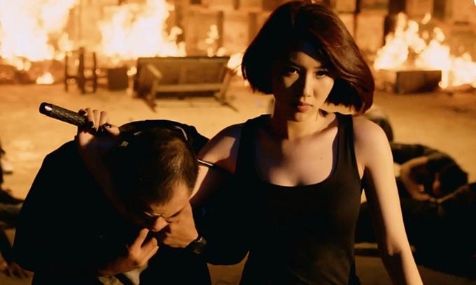 Thúy Ngân đóng vai nữ sát thủ trongHải Đường trong gió.