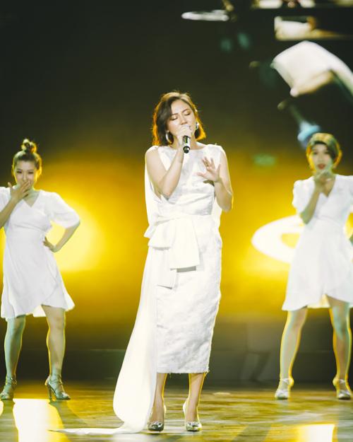 Ca sĩ Văn Mai Hương mang tới đêm nhạc Thanh sắc thiên nhiên bản hit Nếu như ngày anh đến.